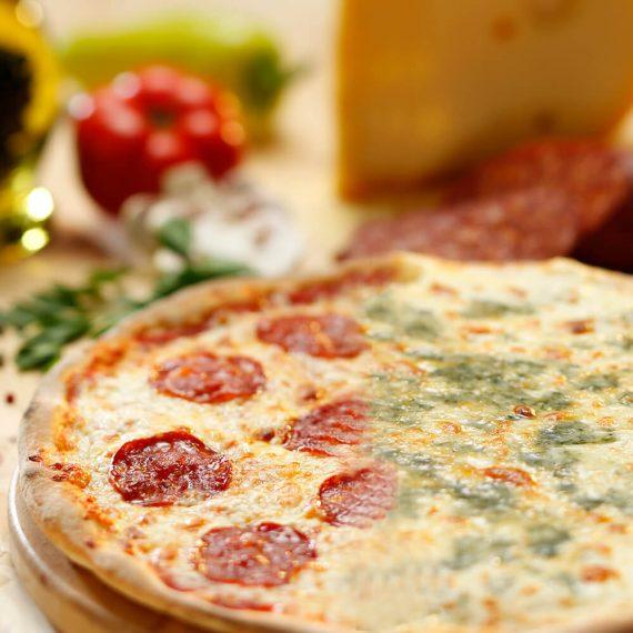 Pizza jumi-juma - Pizza Diavola + Pizza Quattro Formaggi